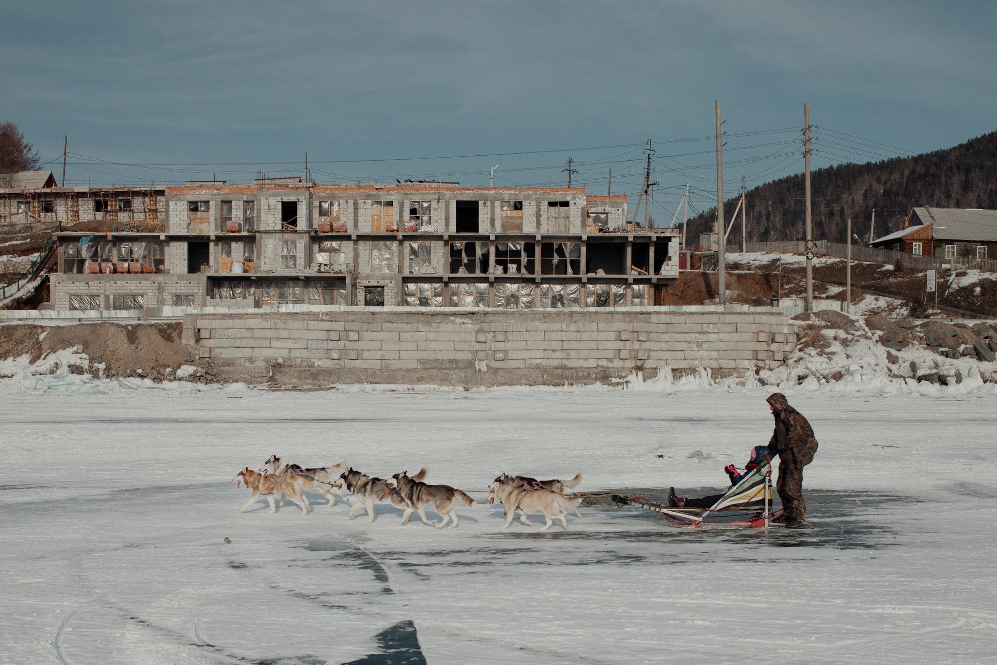"""Nỗi lo của người Nga khi du khách Trung Quốc đổ bộ """"hòn ngọc"""" Baikal - 4"""