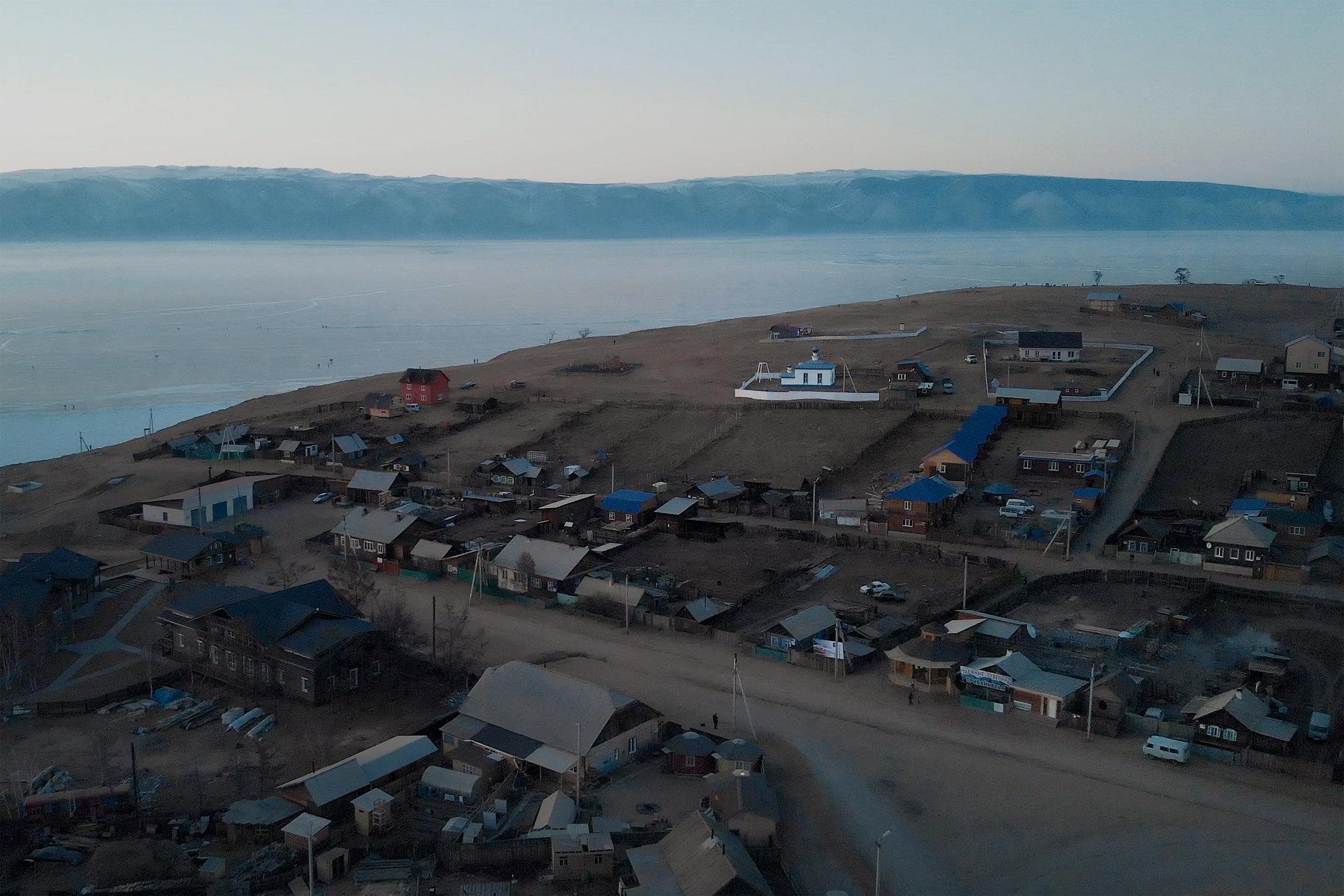 """Nỗi lo của người Nga khi du khách Trung Quốc đổ bộ """"hòn ngọc"""" Baikal - 3"""