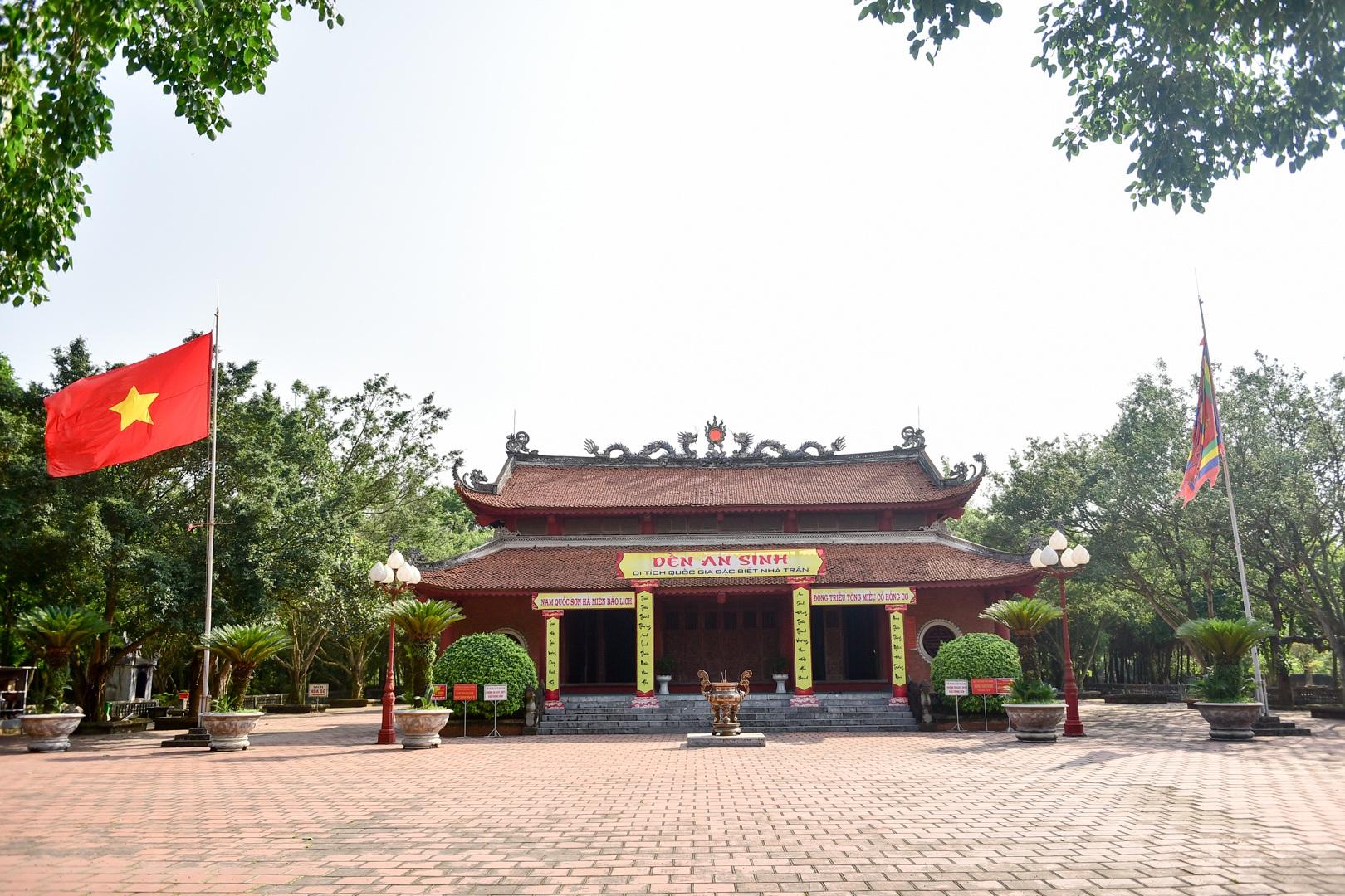 Chiêm ngưỡng ngôi đền 600 năm tuổi thờ 8 vị vua triều Trần - 4