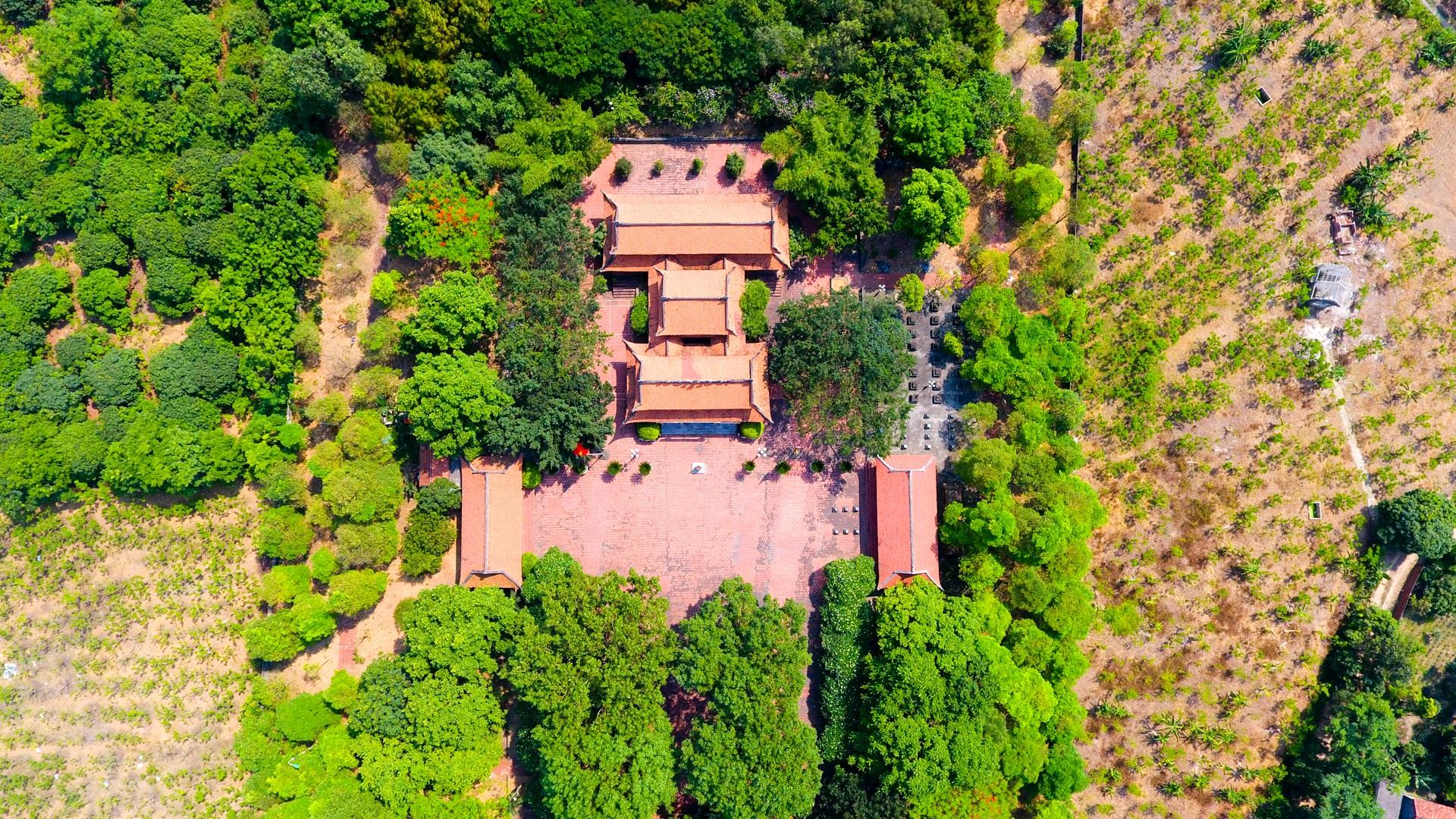 Chiêm ngưỡng ngôi đền 600 năm tuổi thờ 8 vị vua triều Trần - 5
