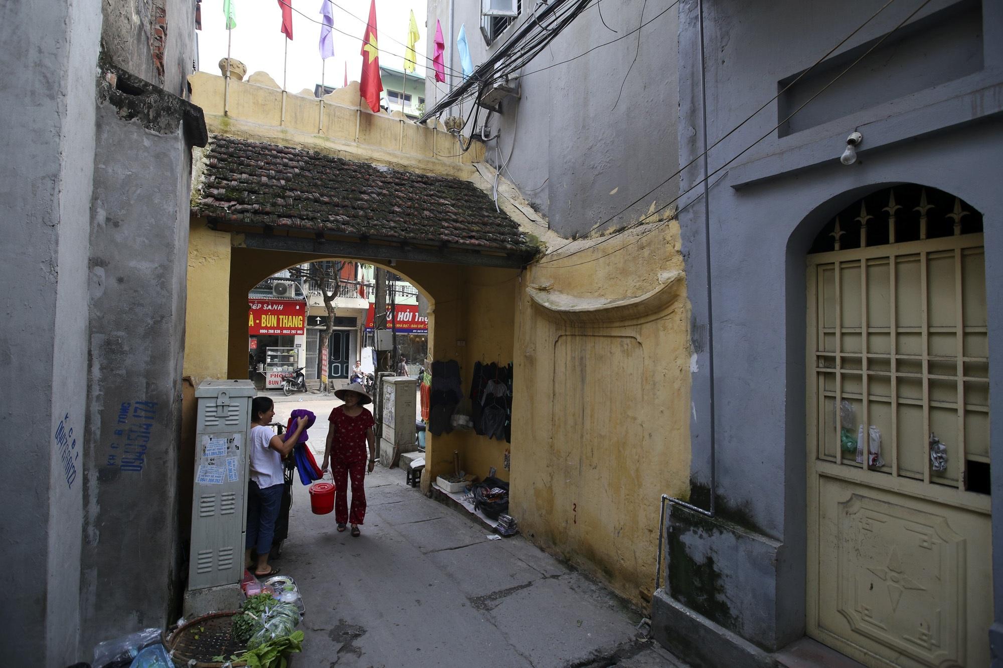 Đất Kẻ Bưởi và những cổng làng trăm tuổi ở Hà Nội - 10