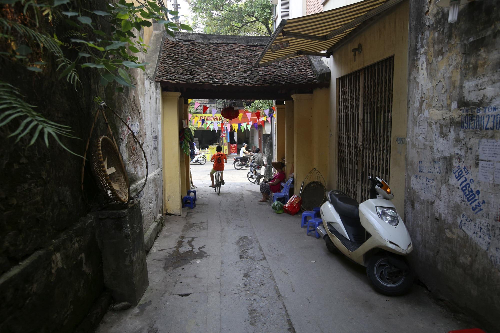 Đất Kẻ Bưởi và những cổng làng trăm tuổi ở Hà Nội - 7