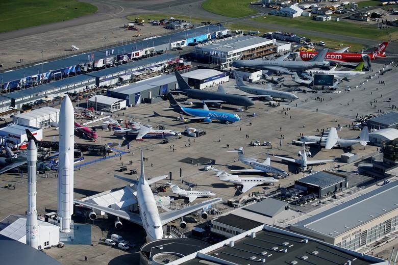 Đã mắt với với dàn máy bay khủng tại triển lãm hàng không lớn nhất thế giới - 1