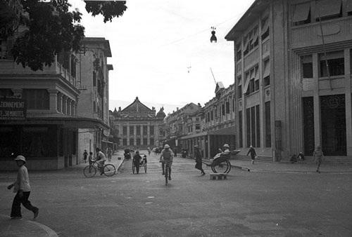 Hình ảnh Tràng Tiền - phố sang Hà Nội xưa và nay - 1