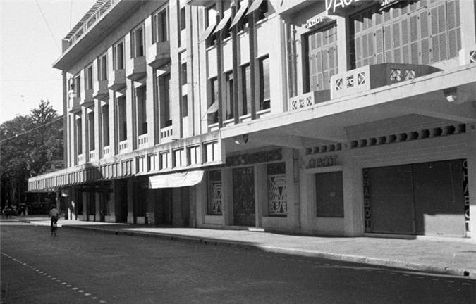 Hình ảnh Tràng Tiền - phố sang Hà Nội xưa và nay - 17