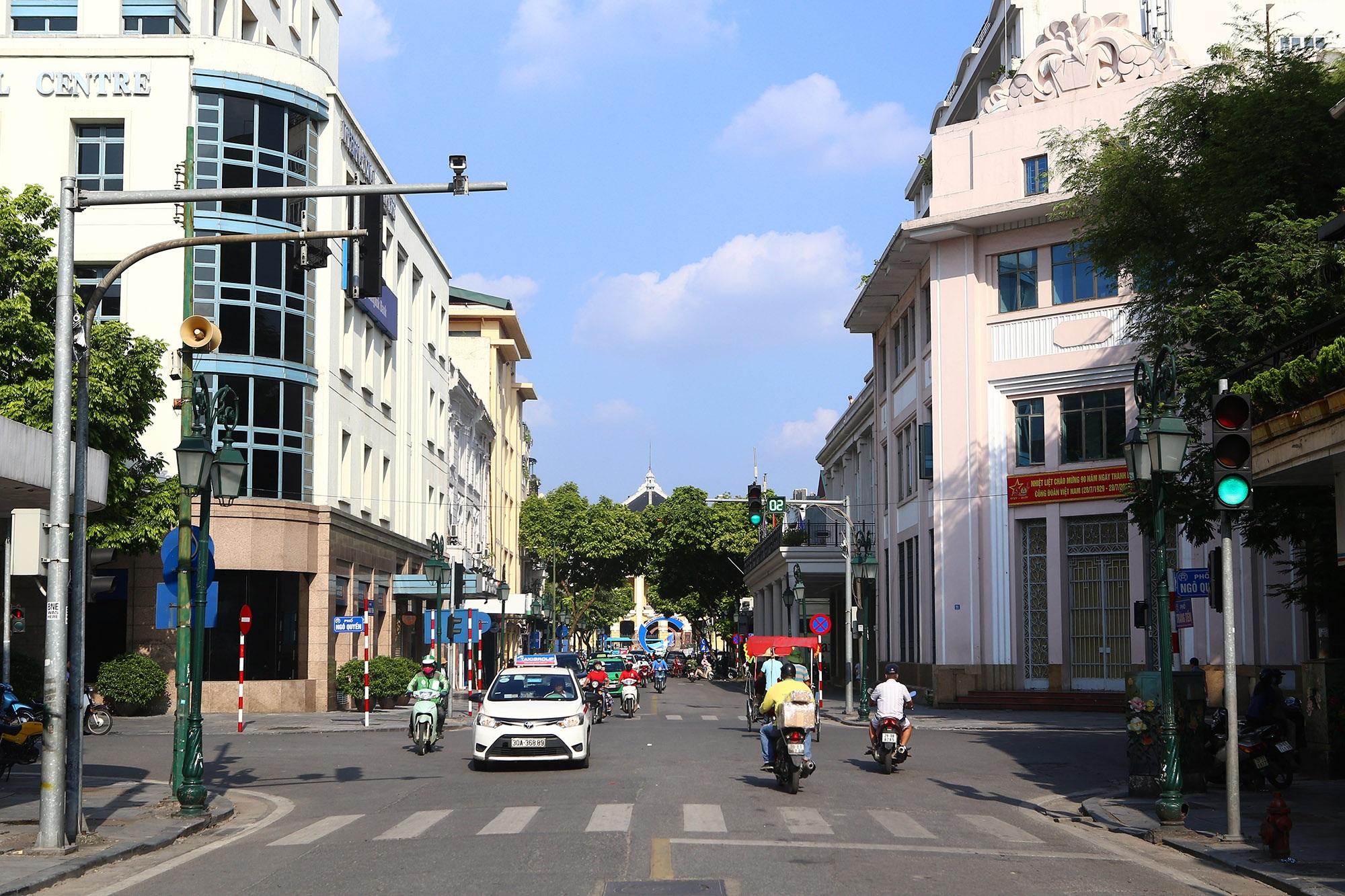 Hình ảnh Tràng Tiền - phố sang Hà Nội xưa và nay - 2