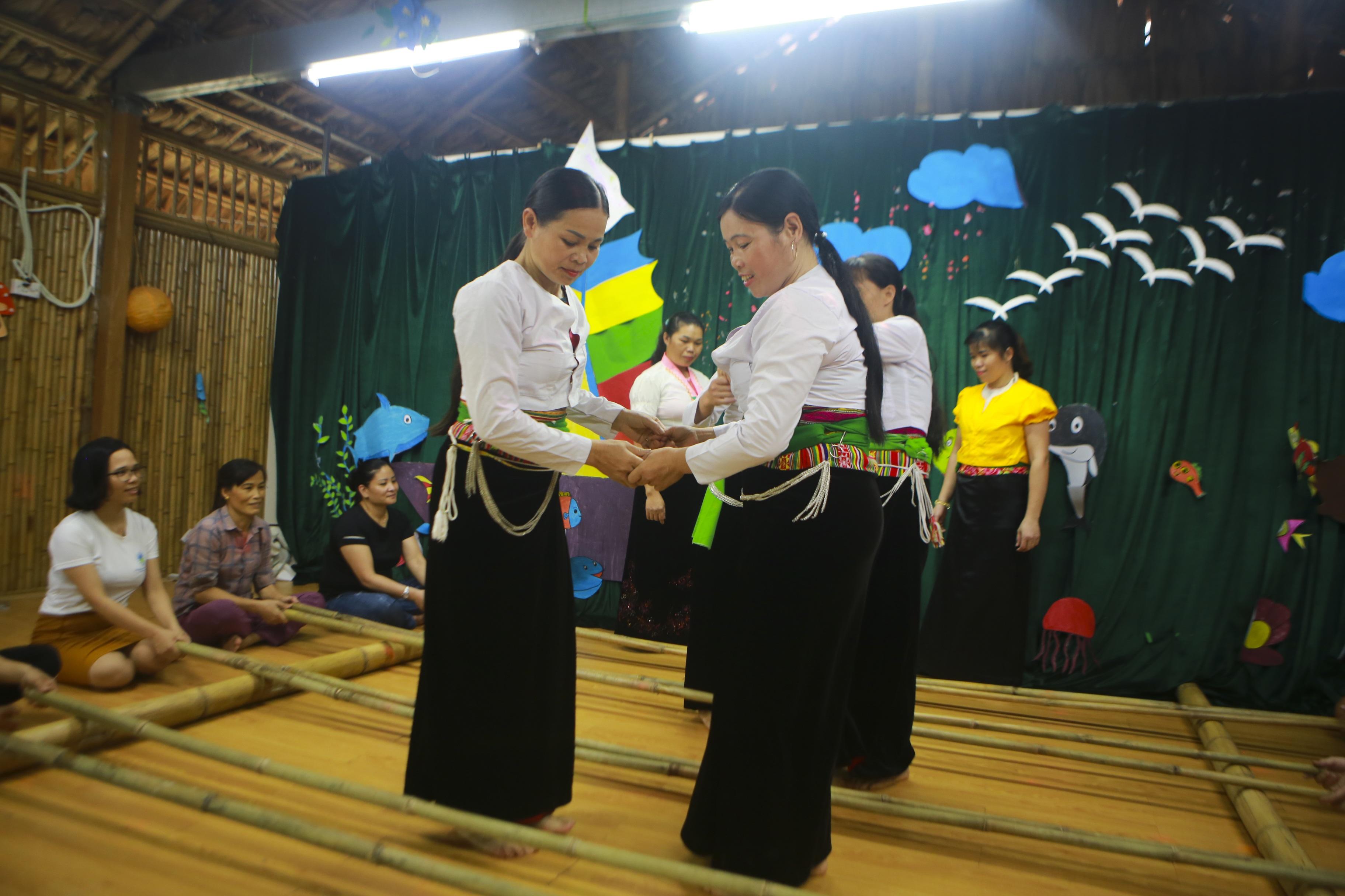 """Ngày khai giảng không giống ai ở """"trường Tottochan"""" giữa lòng Hà Nội - 8"""