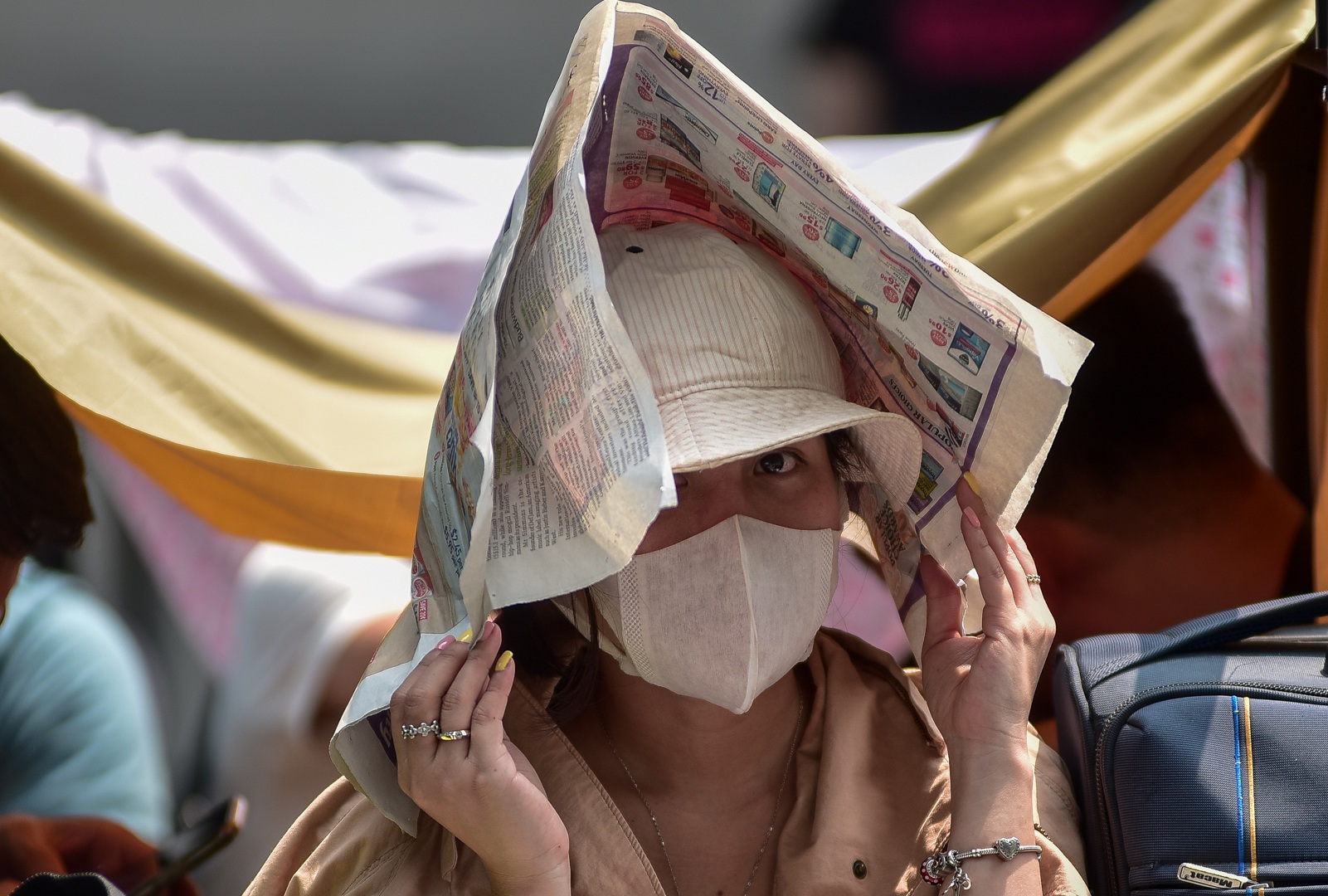 Tường thuật từ Singapore: Cả ngàn người ăn chực nằm chờ iPhone 11 - 3
