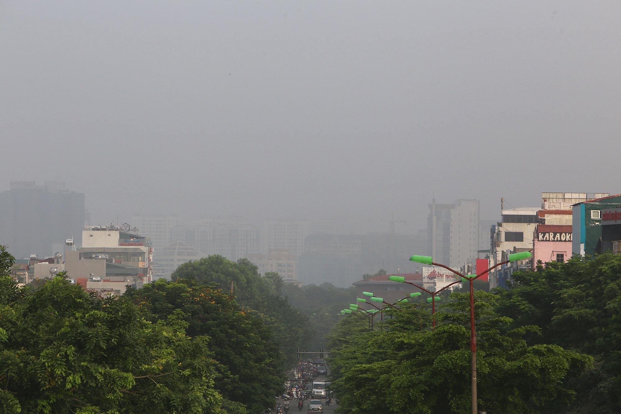 Ảnh Hà Nội trong báo động đỏ về ô nhiễm không khí - 3