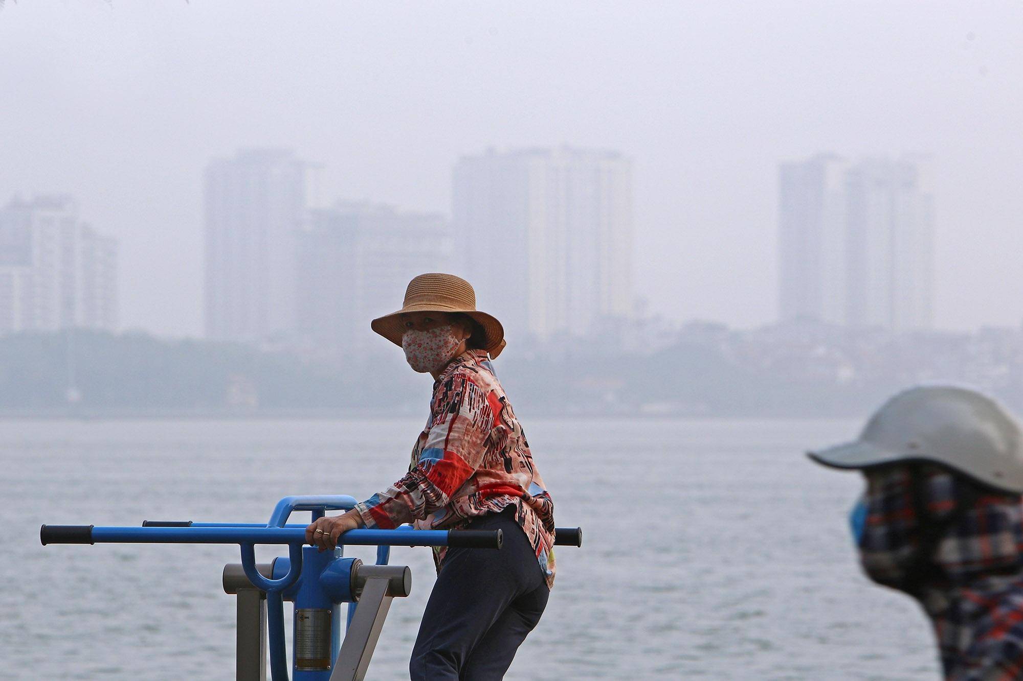 Ảnh Hà Nội trong báo động đỏ về ô nhiễm không khí - 6