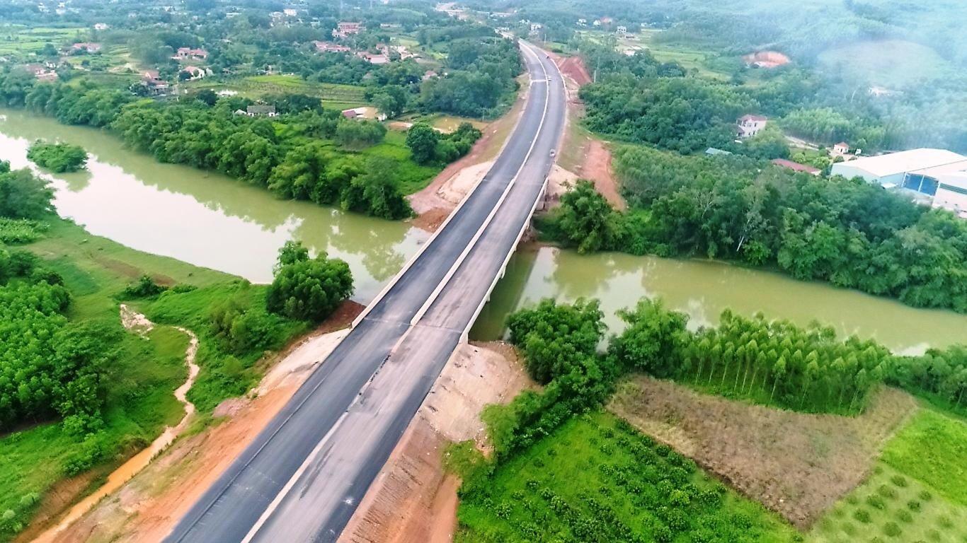 Sắp thông xe cao tốc 12.000 tỷ, từ Hà Nội đi Lạng Sơn chỉ còn 2 tiếng - 4