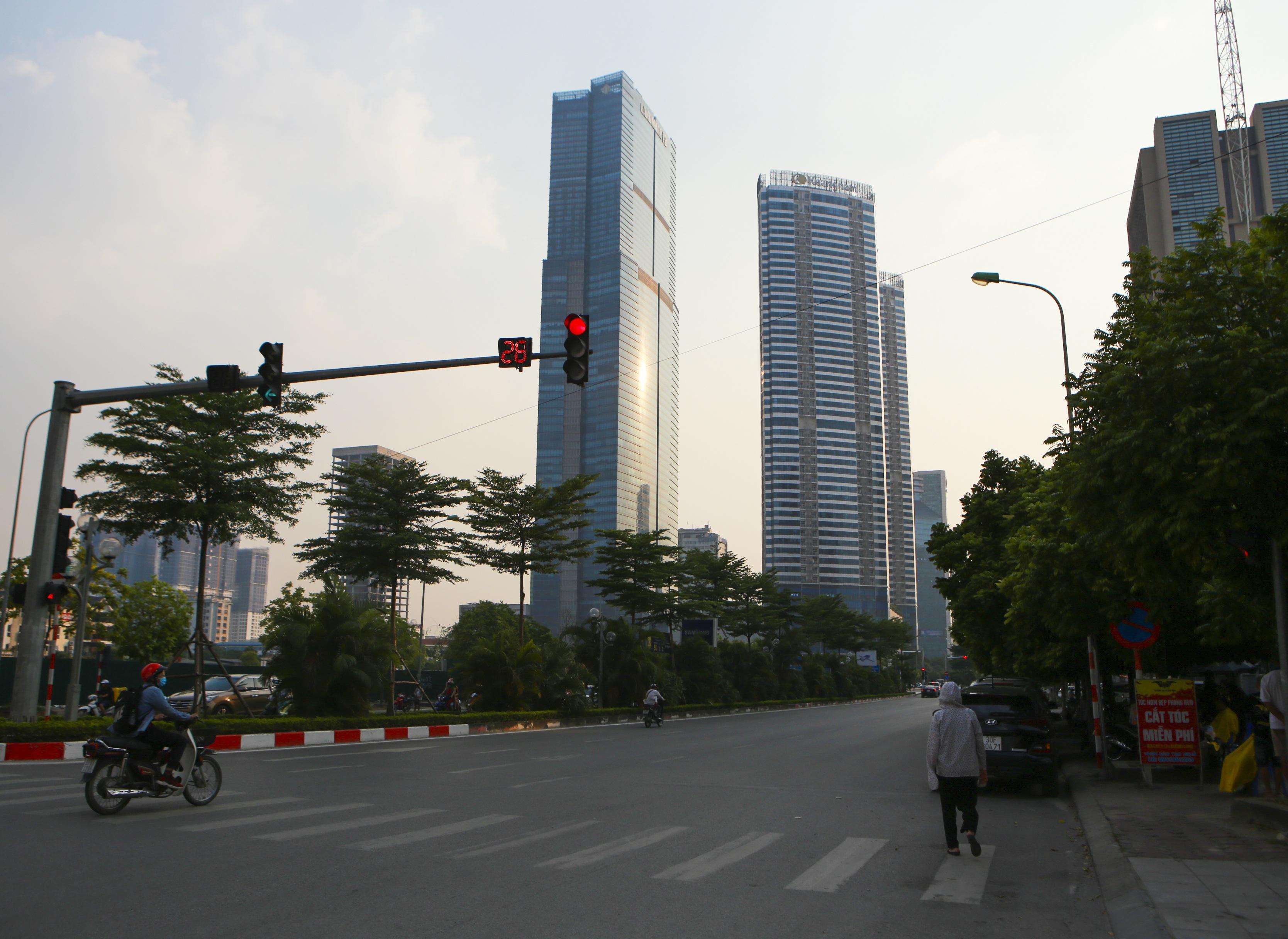 Những hình ảnh của 4 tòa nhà cao nhất Hà Nội nhìn từ trên cao - 2