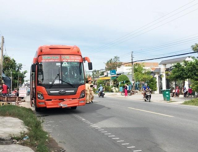 Đoạn đường xảy ra vụ tai nạn trên tuyến quốc lộ 1 qua địa bàn TP Cà Mau, tỉnh Cà Mau sáng ngày 1/1/2019.