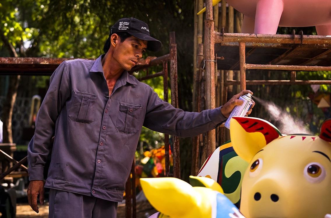 Đột nhập xưởng chế tác linh vật cho Đường hoa Nguyễn Huệ Tết Kỷ Hợi 2019 - Ảnh 12.