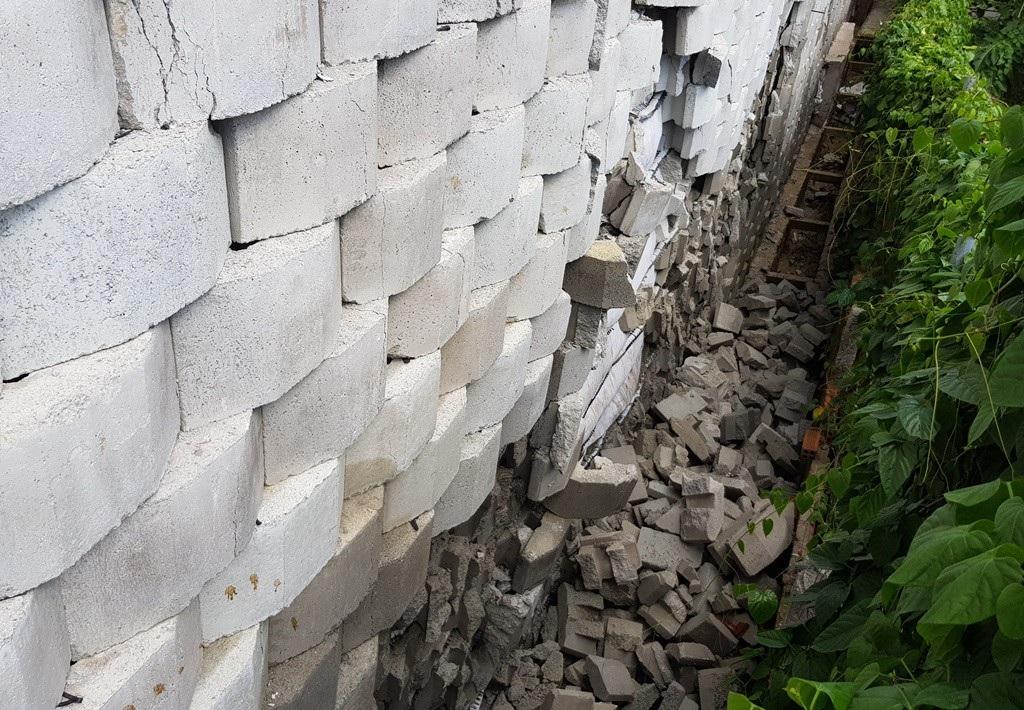 """Khánh Hòa sẽ cưỡng chế """"bức tường khủng"""" dự án Marina Hill Nha Trang? - Ảnh 3."""