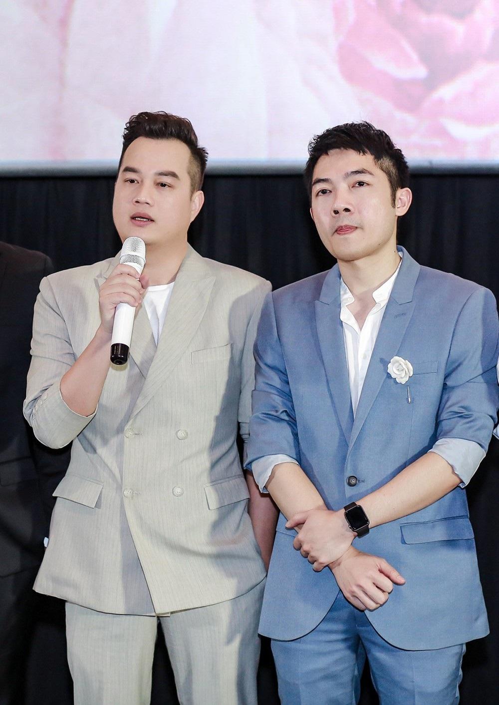 """Chi Pu và Ninh Dương Lan Ngọc gọi nhau """"vợ - chồng"""", không ngại thể hiện tình cảm trước đám đông - Ảnh 11."""