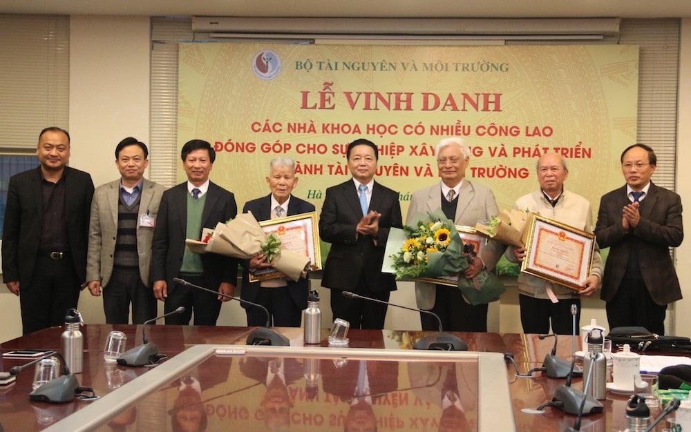 Nhân tài Đất Việt 2018: Trao giải Nhất 200 triệu đồng cho nhóm tác giả trong lĩnh vực Môi trường - Ảnh 4.