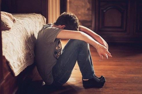 Phải làm sao khi người yêu cũ dọa tự tử nếu không quay lại? - Ảnh 1.