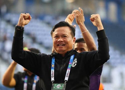 HLV tạm quyền Thái Lan ngạc nhiên vì đội nhà chiến thắng - Ảnh 2.