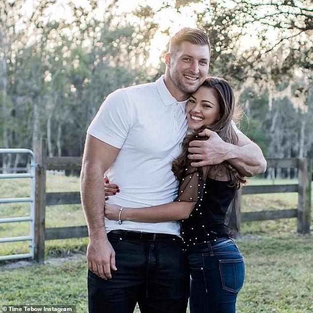 Hoa hậu hoàn vũ đã đính hôn - Ảnh 6.