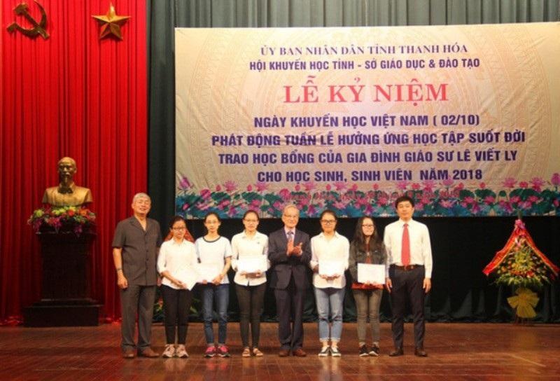 Hội Khuyến học Thanh Hóa ngăn chặn gần 1.800 học sinh bỏ học - Ảnh 1.