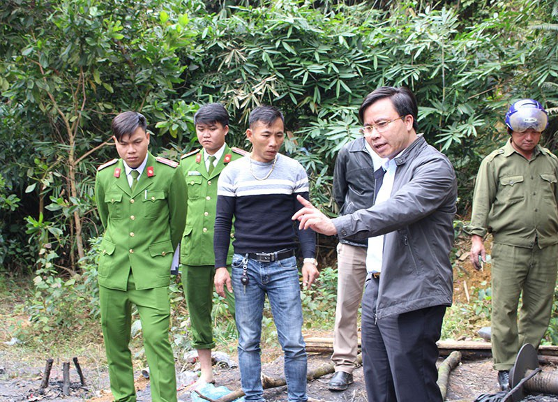Chủ tịch Hà Tĩnh chỉ đạo xử lý ngay mỏ than thổ phỉ - Ảnh 6.