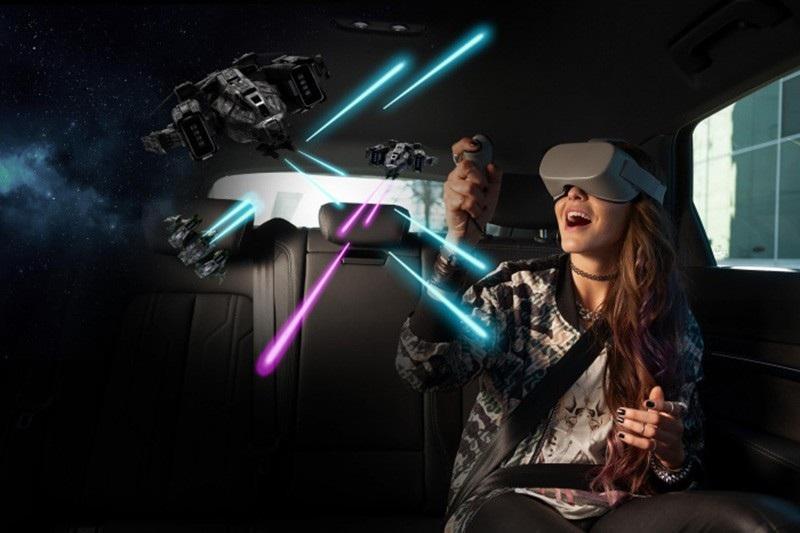 Công nghệ VR của Audi đồng bộ thực tế ảo với chuyển động của xe - Ảnh 4.
