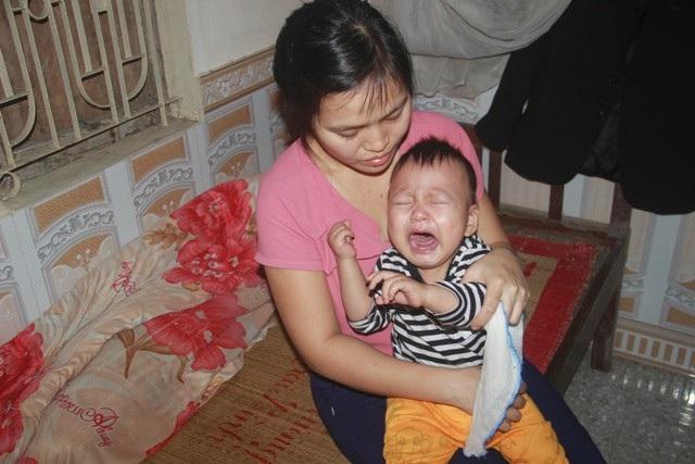 Tiếng khóc xé lòng của bé trai 15 tháng tuổi đã sớm mắc bệnh u gan - Ảnh 9.