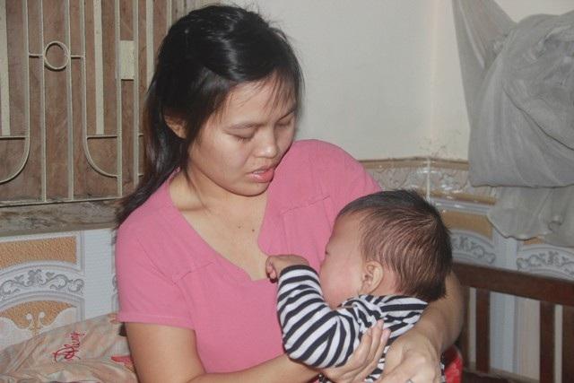 Tiếng khóc xé lòng của bé trai 15 tháng tuổi đã sớm mắc bệnh u gan - Ảnh 3.