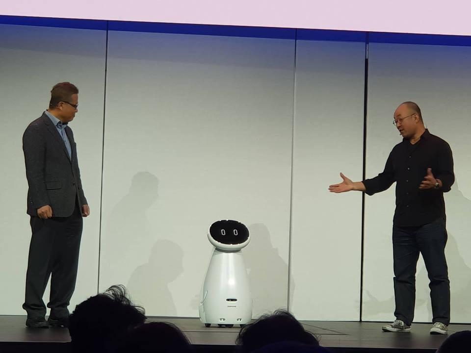 Samsung và LG sắp bước vào cuộc chiến robot giúp việc - Ảnh 4.