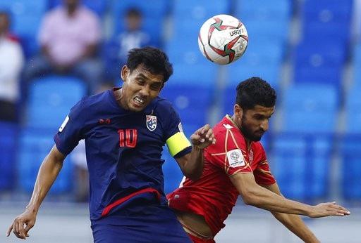 Những khoảnh khắc chiến thắng ngọt ngào của Thái Lan trước Bahrain - Ảnh 14.