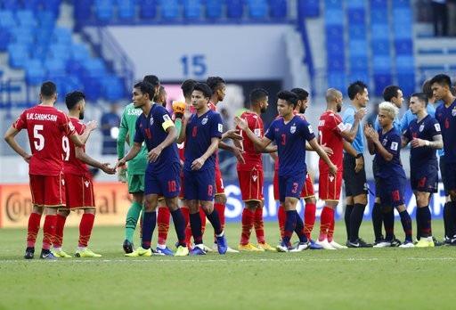 Những khoảnh khắc chiến thắng ngọt ngào của Thái Lan trước Bahrain - Ảnh 15.
