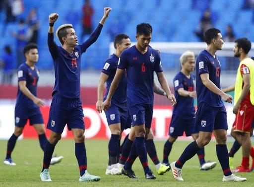 Những khoảnh khắc chiến thắng ngọt ngào của Thái Lan trước Bahrain - Ảnh 16.
