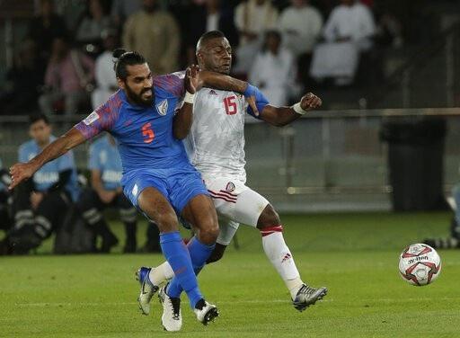 Nhìn lại trận thua đáng tiếc của Ấn Độ trước UAE - Ảnh 3.