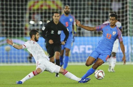 Nhìn lại trận thua đáng tiếc của Ấn Độ trước UAE - Ảnh 4.