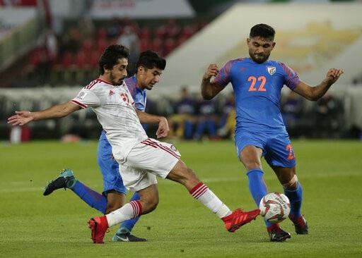 Nhìn lại trận thua đáng tiếc của Ấn Độ trước UAE - Ảnh 7.