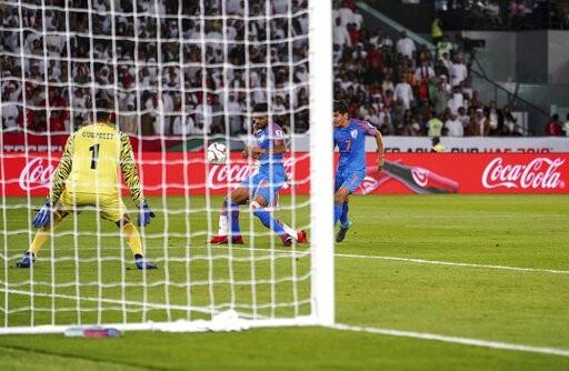 Nhìn lại trận thua đáng tiếc của Ấn Độ trước UAE - Ảnh 8.