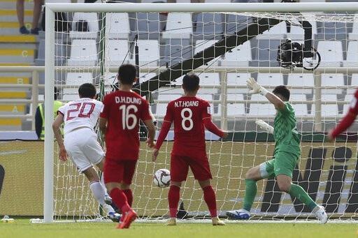 Đội tuyển Việt Nam thua Iran 0-2: Điểm sáng trong thất bại - Ảnh 2.