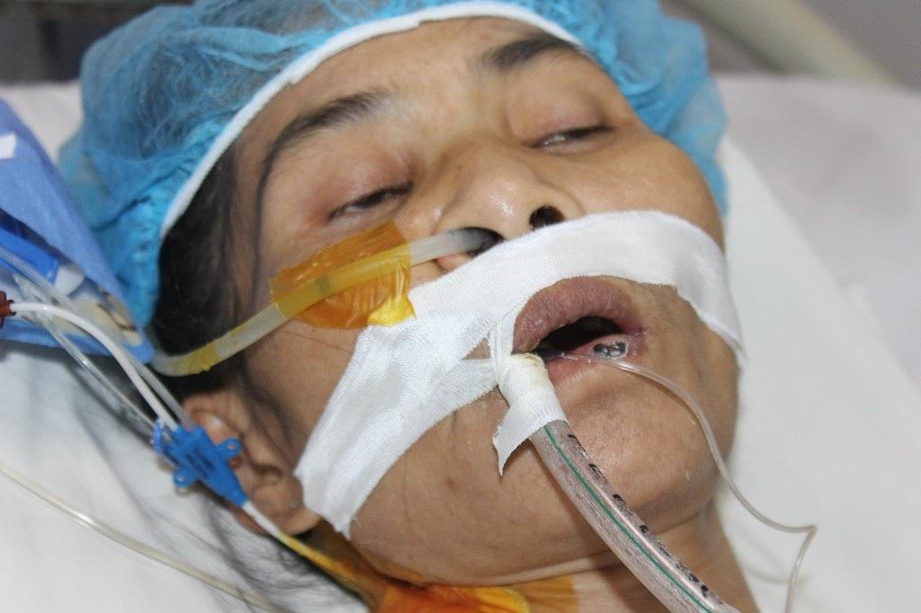 Mẹ đơn thân người dân tộc Mường nguy kịch vì suy tim nặng - Ảnh 3.