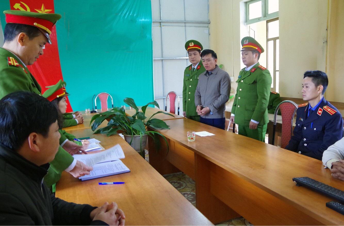 Khởi tố, bắt giam nguyên Phó Trưởng phòng Nông nghiệp huyện Bắc Quang - Ảnh 2.