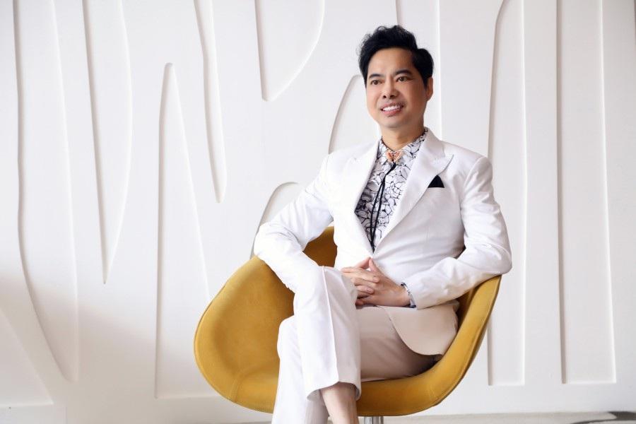 Bầu show tiết lộ mức cát-xê khủng của ca sĩ Ngọc Sơn - Ảnh 1.