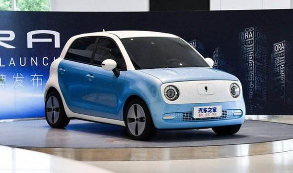 Trung Quốc ra mắt ô tô điện rẻ nhất thế giới, giá chỉ hơn 200 triệu đồng - Ảnh 1.