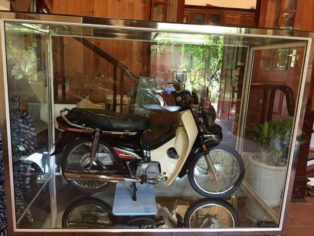 Xe máy Suzuki 17 năm vẫn còn zin: Giá huyền thoại 1 tỷ đồng - Ảnh 6.