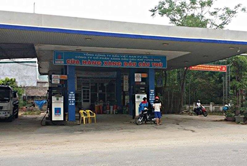 Nhiều doanh nghiệp bị xử phạt vì bán xăng dầu kém chất lượng - Ảnh 1.