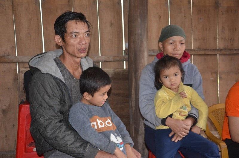 Bạn đọc Dân trí giúp gia đình chị Liễu hơn 69 triệu đồng - Ảnh 4.