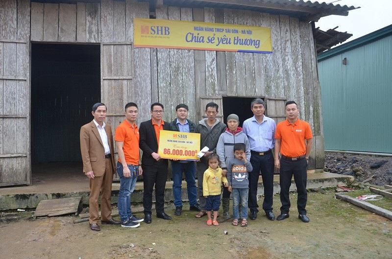 Bạn đọc Dân trí giúp gia đình chị Liễu hơn 69 triệu đồng - Ảnh 5.