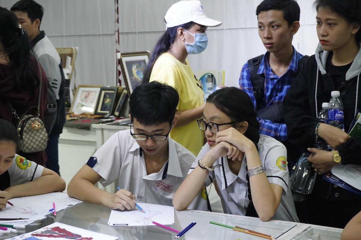 Trường cho phép học sinh lớp 12 học đại học - Ảnh 3.