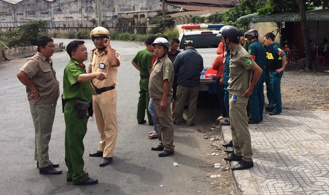 TPHCM: Chốt chặn cửa ngõ thành phố, gom hàng loạt tài xế container sử dụng ma túy - Ảnh 1.