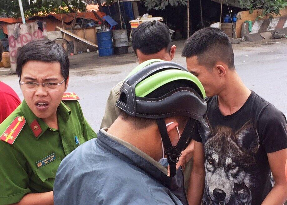 TPHCM: Chốt chặn cửa ngõ thành phố, gom hàng loạt tài xế container sử dụng ma túy - Ảnh 7.
