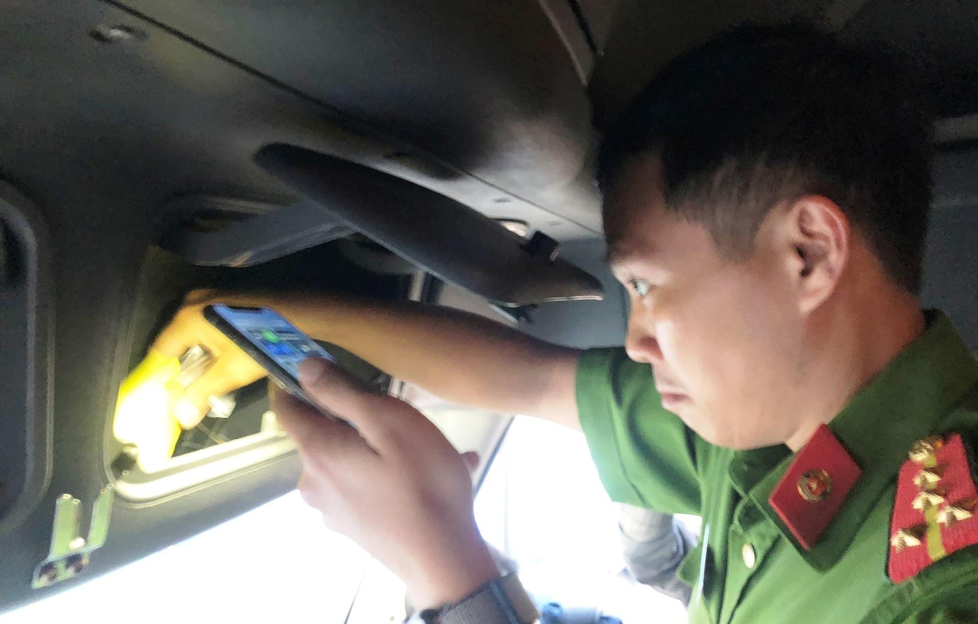TPHCM: Kinh hoàng tài xế container dùng 3 loại ma túy, phóng như bay trên xa lộ - Ảnh 8.
